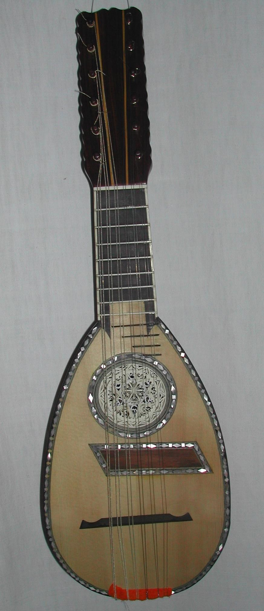 mandolino genovese a 6 ordini doppi (anno originale) da Cristiano Nonemaker,copia del liutaio Gabriele Pandini (Ferrara, anno)